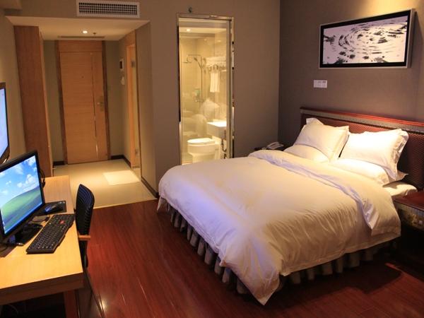 Khách sạn Đức Chính 2