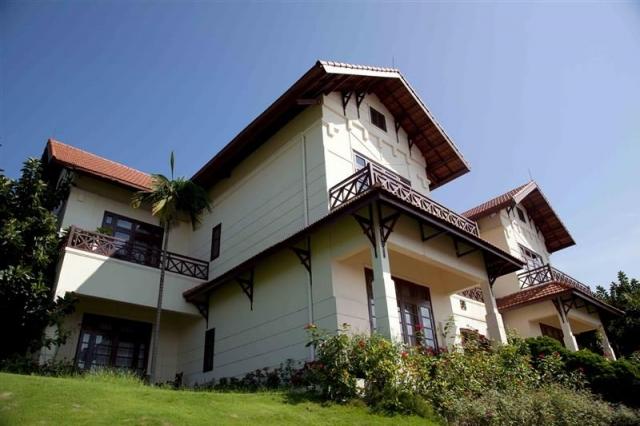 Tuần Châu Island Holiday villa Hạ Long Bay