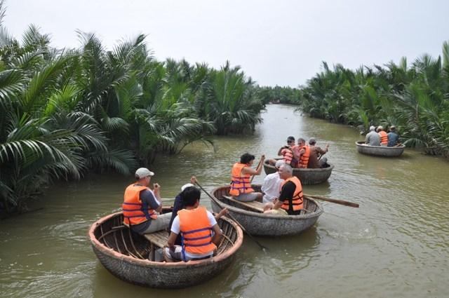 Hồ Chí Minh - Đồng bằng sông Cửu Long